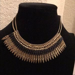 🌟NWT Statement Necklace 🌟